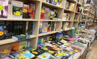 La nuova Legge del Libro cerca di andare incontro ai piccoli librai schiacciati da Amazon e simili. Limitazioni negli sconti e promozione della lettura.