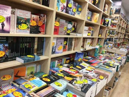 una libreria tradizionale che avrà vantaggi dalla nuova legge